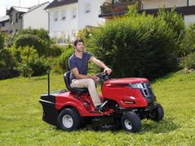 Как выбрать садовый трактор